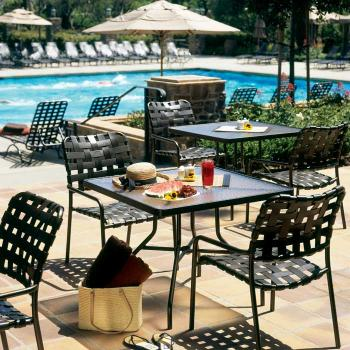 outdoor cross strap table and chairs